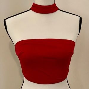 😍LF red EUC crop top with neckband size small 👌